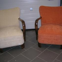 Paire de fauteuils rétro